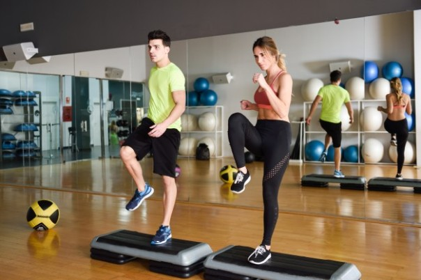 male-motivation-muscular-activity-dance_1139-716