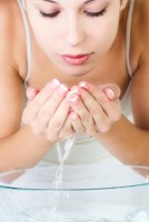 happiness-body-care-washing-wrapped-young-adults_1301-1665
